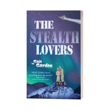 The Stealth Lovers: Two Draga warriors (one with coral scales and the other with mauve scales) are dressed in flight suits, standing on a snowy mountaintop,under an aurora-filled sky, about to engage in a kiss. Overhead flies a stealth ship.